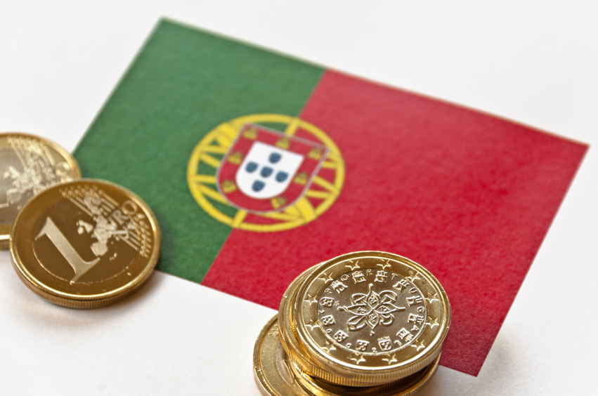Get financial aid for your studies in Portugal